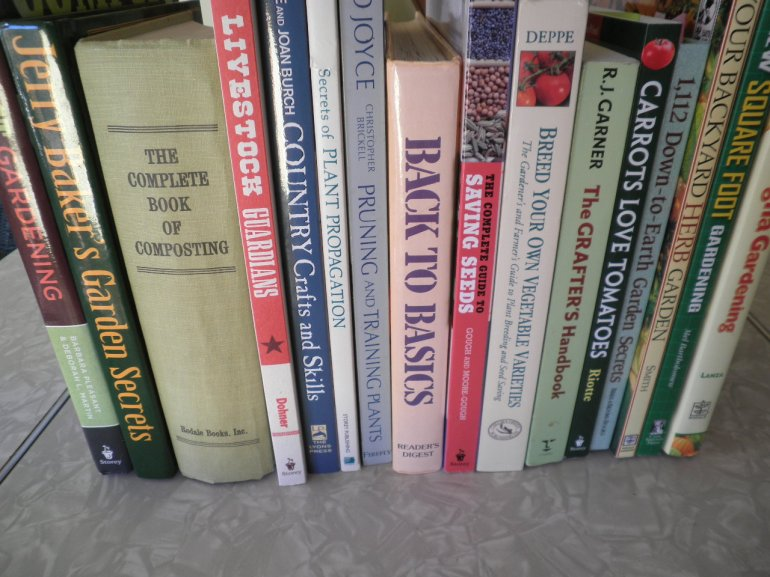 Homesteading Reference Library